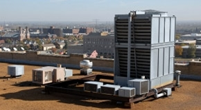 Commercial air conditioning unit on roof of building