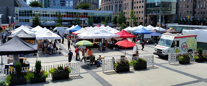 A farmer's market at the Queen Elizabeth plaza