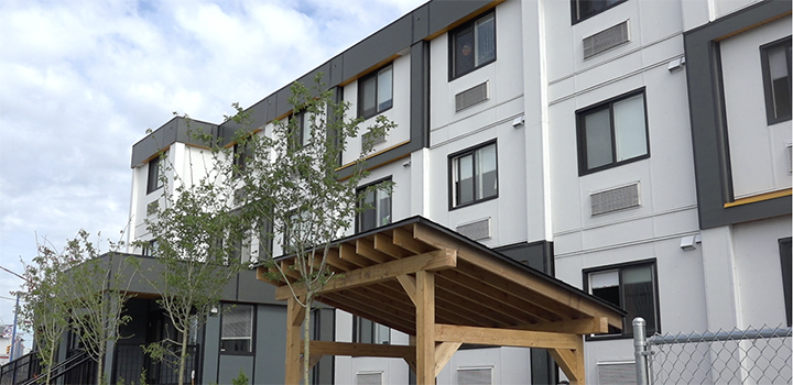 Exterior shot of temporary modular housing at 1131 Franklin St