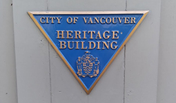 Heritage plaque triangle marker