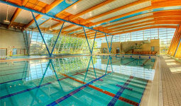 Hillcrest aquatic centre city of vancouver for Indoor swimming pools vancouver