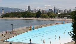 Kitsilano pool city of vancouver for Indoor swimming pools vancouver